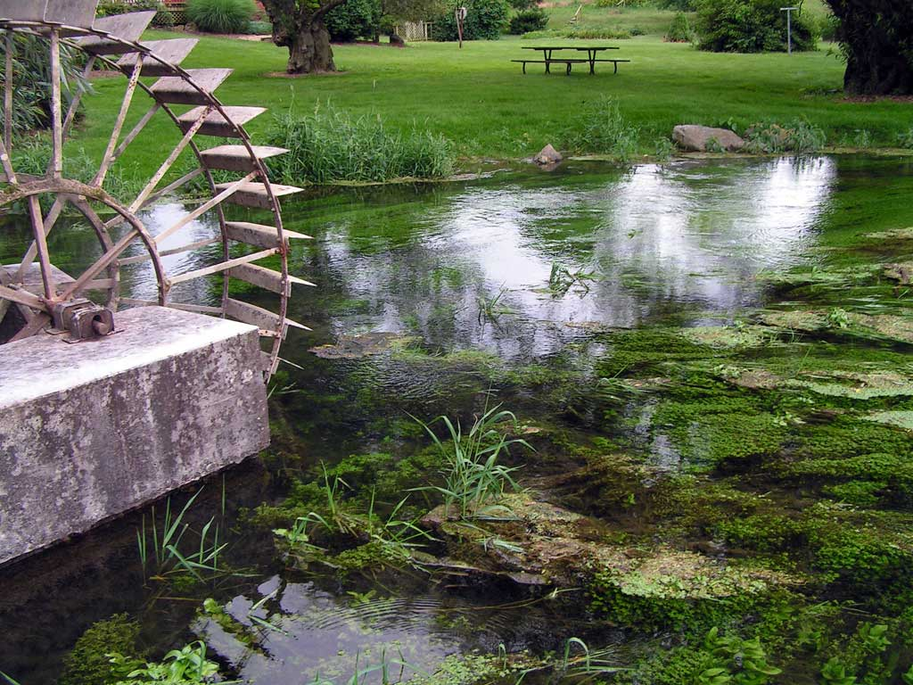 Waterwheel at Springview Drive